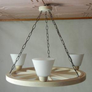Lampa 3pkt na podstawie koła wozu 71.