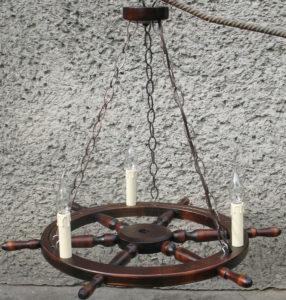 Lampa 3pkt ze świeczkami na podstawie koła sterowego 68cm