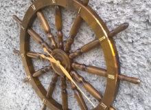 Zegar napodstawie koła sterowego 82cm,